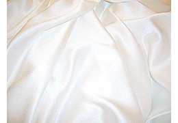 Crepe Satin weiss